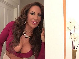 Glamorous Well-endowed Milf Beauty Richelle Ry